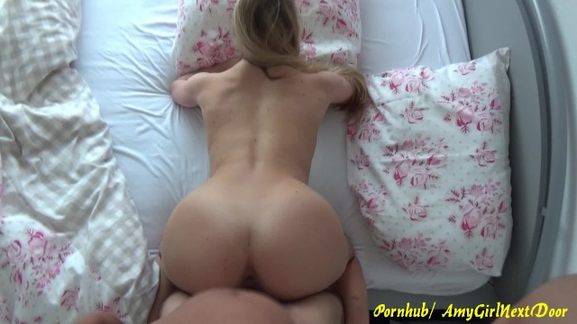 young nude splits